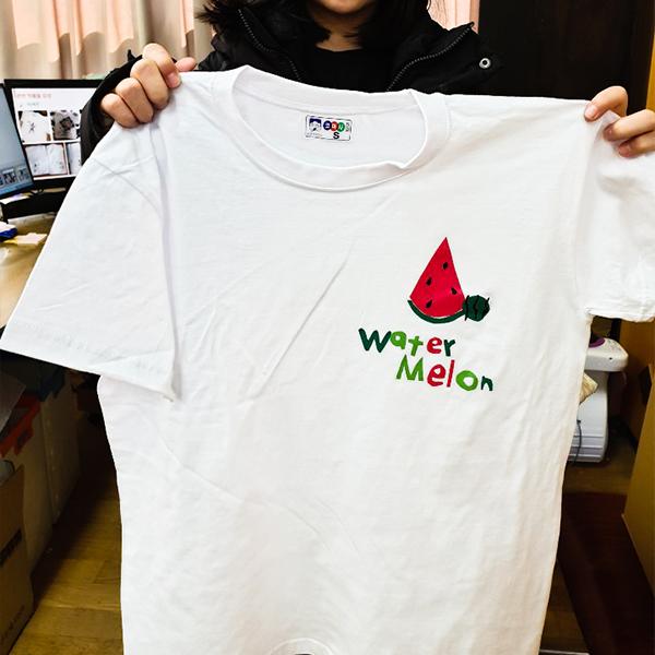 패션 티셔츠